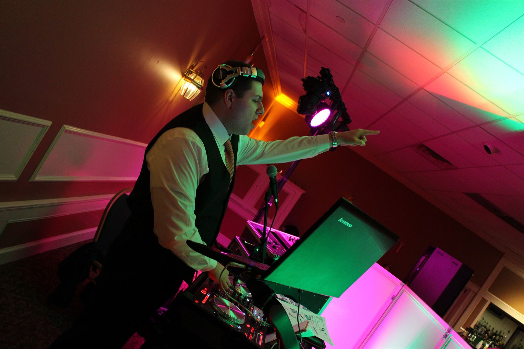 Wedding DJ in Massachusetts